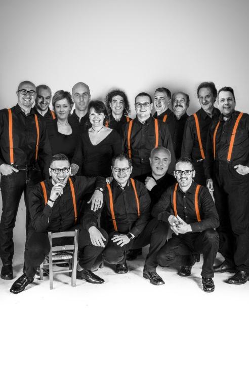 https://www.amicimusicalagodigarda.it/images/4---Sing-Swing-Big-Band.jpg