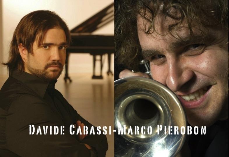 https://www.amicimusicalagodigarda.it/images/GRANDE_DAVIDE_CABASSI_Marco%20Pierobon-1.JPG